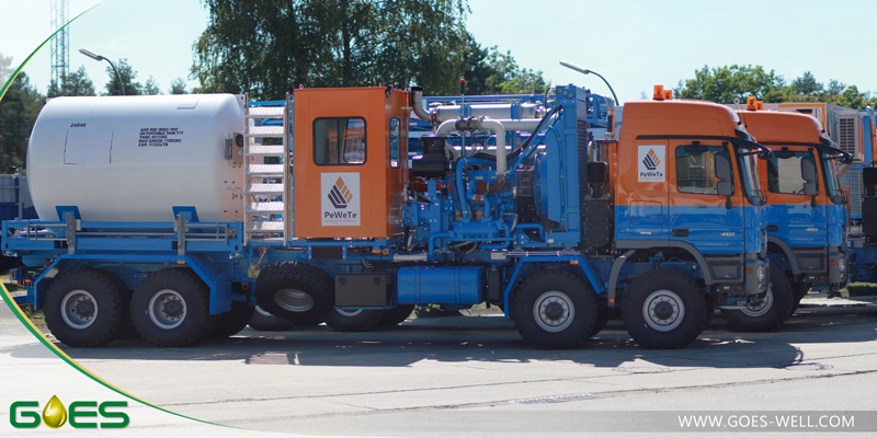 Nitrogen_pumping_truck_GOES_Oilfield_Industry_Equipment