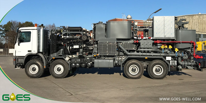 Twin_cementing_unit_2_GOES_Oilfield_Equipment
