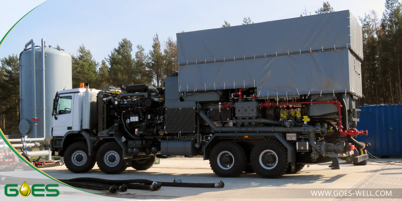 Twin_cementing_unit_3_GOES_Oilfield_Equipment